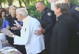 Feeding Homeless Held by Police in Fort Lauderdale Florida